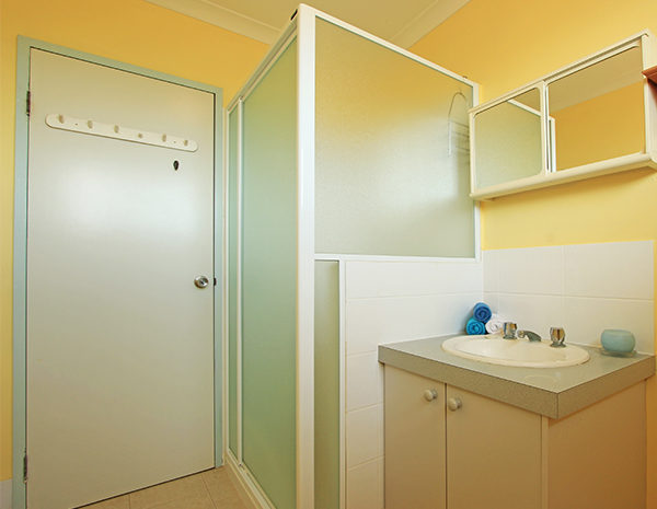 Bathroom-in-Unit--600x465